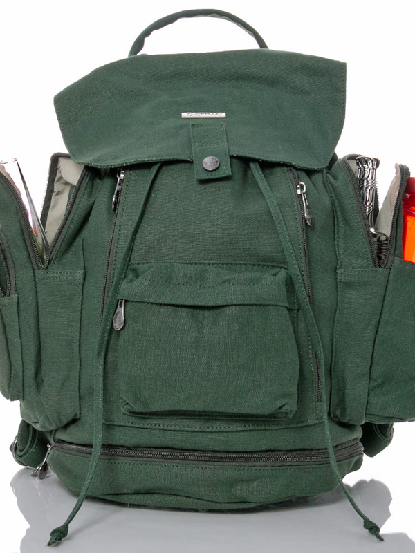 multi pocket back pack